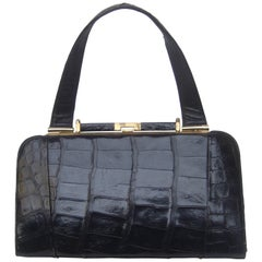 Sleek Ebony Alligator Leather Vintage Handbag ca 1960