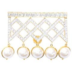 Vintage Valentino Garavani Gold Tone Dangle Pearl and Crystal Brooch