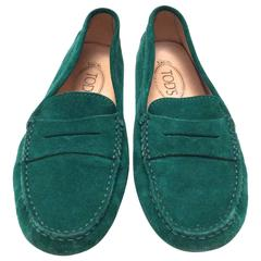 Tod's Driving Loafers Green Suede - Size 37