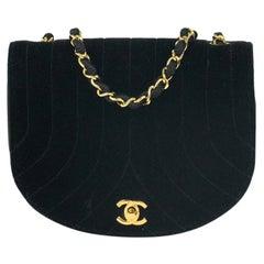 Chanel, Vintage in black velvet
