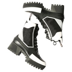 Louis Vuitton platform Laureate Desert black white mesh lace up ankle boots 39