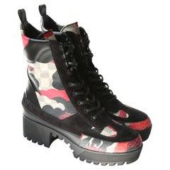 Louis Vuitton platform Laureate Desert black red white suede lace up ankle boots