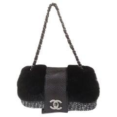 Chanel black tweed leather shoulder bag