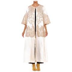 1950S Ivory Silk Satin Couture Appliqué Lace De Calais Robe Opera Coat