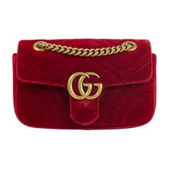 Gucci, Marmont in red velvet
