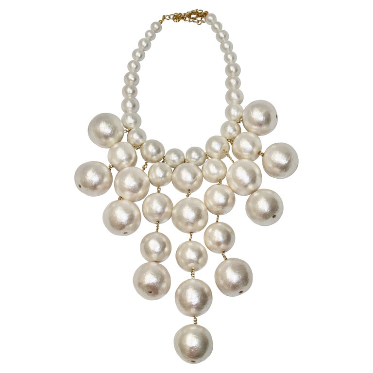 Cascading Compressed Cotton Pearl Necklace For Sale