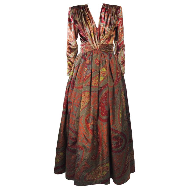 VALENTINO Gathered Metallic Velvet and Silk Gown Size 8 1