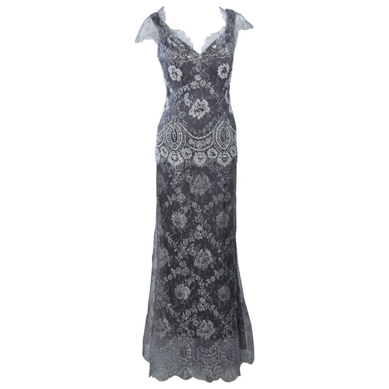 FE ZANDI Silver Lace Lame Gown with Scalloped Edges Size 8-10 For Sale