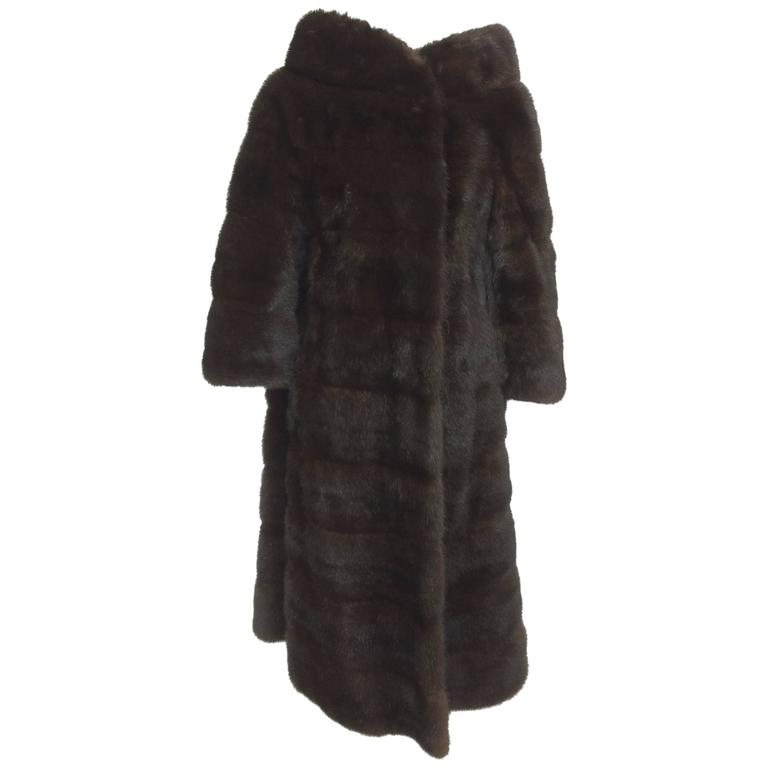 Glossy dark mink portrait collar fur coat early 1960s For Sale