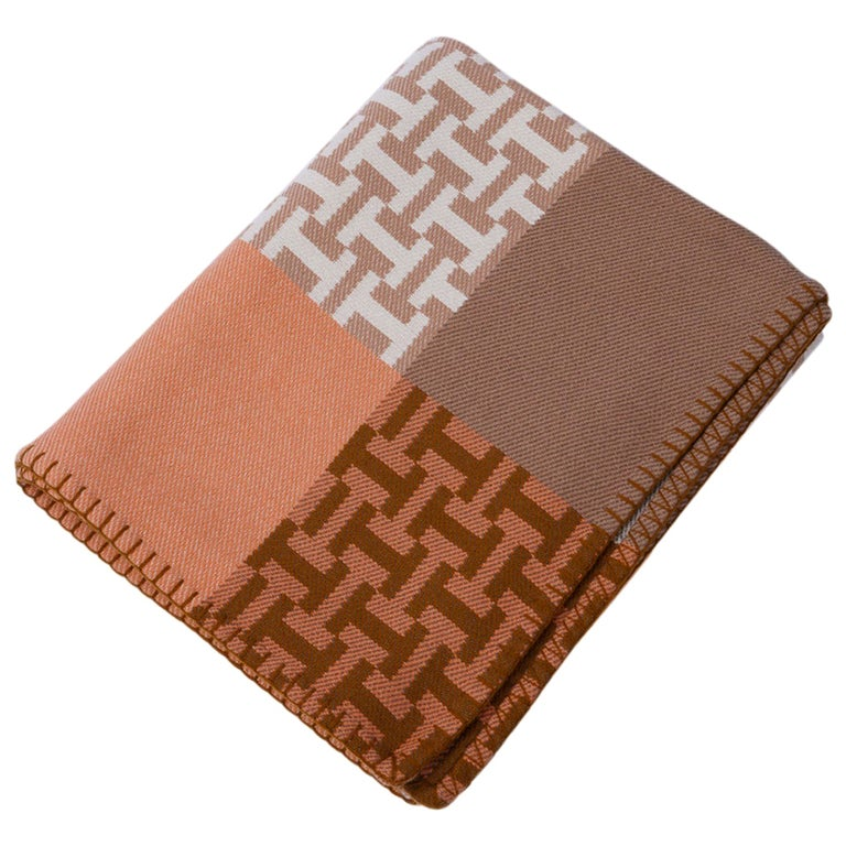 Hermes Avalon Terre D'H Blanket Corail Hand Woven Cashmere New wBox For Sale