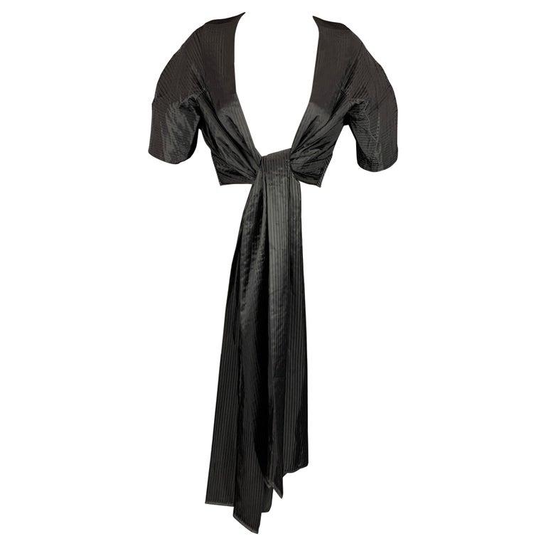 CALVIN KLEIN Size L Black Pleated Long Panel Open Front Capelet For Sale