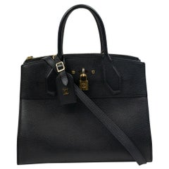 Louis Vuitton, City Steamer in black leather