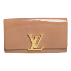 Louis Vuitton Beige Poudre Patent Leather Louise Clutch
