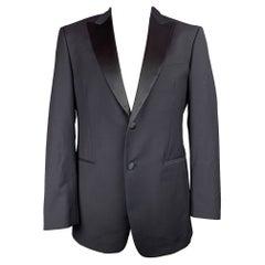 JOHN VARVATOS Size 44 Navy Wool / Mohair Peak Lapel Sport Coat