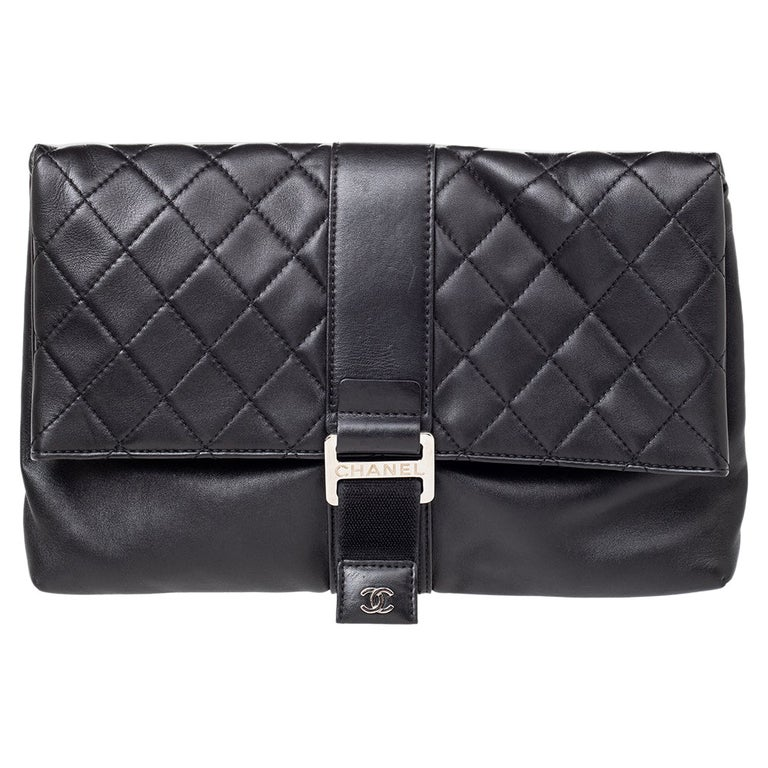 Chanel Black Quilted Leather Grip Clutch For Sale