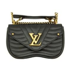 WOMENS DESIGNER Louis Vuitton New Wave PM Chain Shoulder Bag