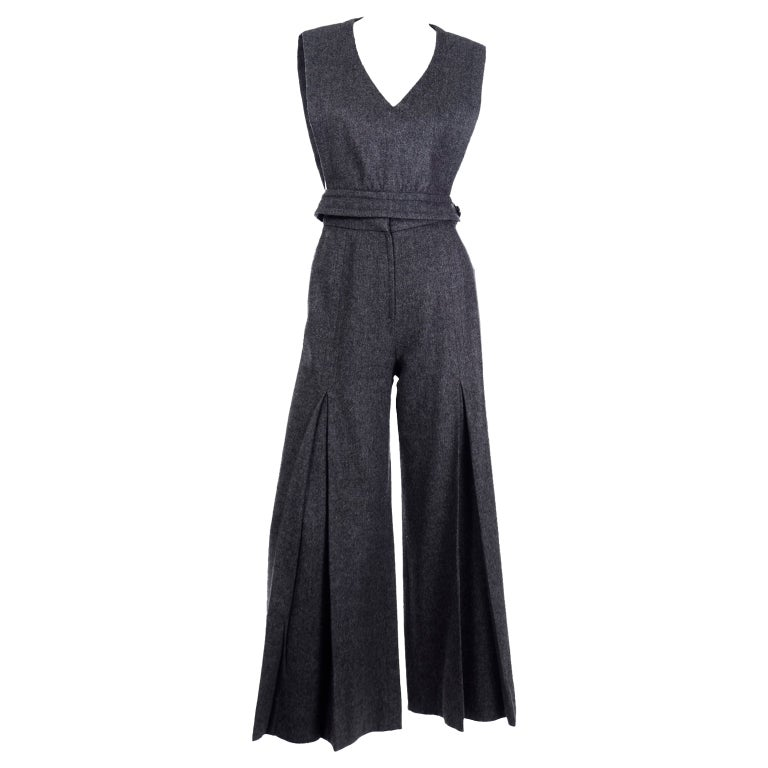 1970s Pierre Cardin Grey Wool Wide Leg Pleated Pants & Vest Style Top Outfit For Sale