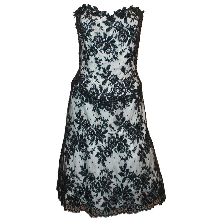 Vicky Tiel Black & White Lace Strapless Dress w/ Beading - 44 For Sale