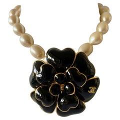 Vintage Chanel Black Camellia CC Statement Pearl Necklace