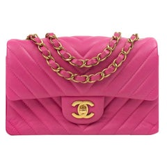 Timeless Mini in pink leather