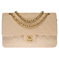 Chanel Timeless Medium double flap Shoulder bag in beige quilted leather, GHW