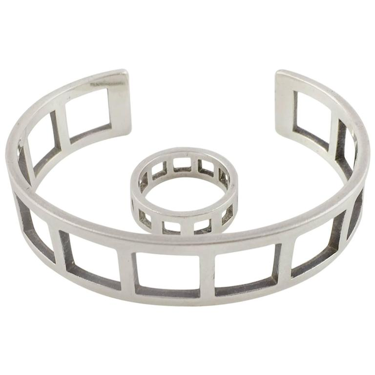 Gucci Silver Set (Bracelet and Ring) - 2000s For Sale