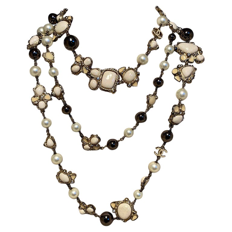 Chanel Vintage Enamel and Pearl Necklace  For Sale
