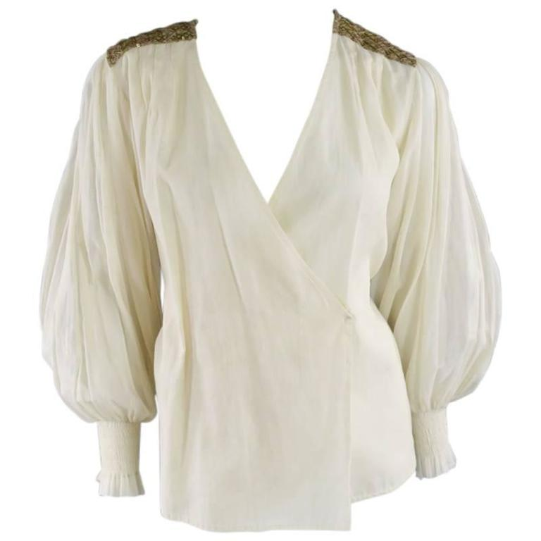 OSCAR DE LA RENTA 8 Beige Linen Sequin Shoulder Bishop Sleeve Wrap Blouse For Sale