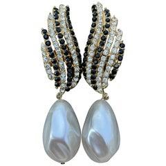 Diana Vreeland's Favorite Earrings R. Serbin 1983 Met Museum Costume Institute