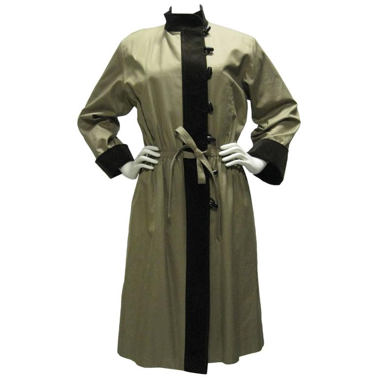 2d4b5ad9ff8 Yves Saint Laurent Cotton and Corduroy Trench Coat For Sale at 1stdibs