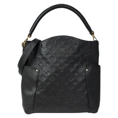 Bagatelle in black leather