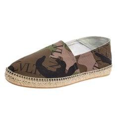 Valentino Camouflage Canvas VLTN Grid Espadrille Flat Sandals Size 44.5