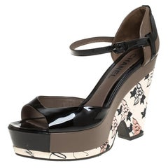 Chanel Black/Grey Patent And Leather Wedge Sandals Side 39.5