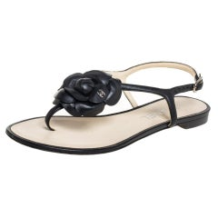 Chanel Black Leather Camellia Thong Flat Sandals Size 36