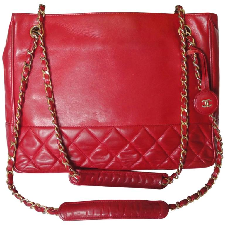 Vintage CHANEL red calfskin classic shoulder tote bag with gold tone chains For Sale