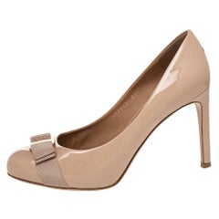 Salvatore Ferragamo Beige Patent Leather Vara Bow Pumps Size 38