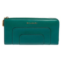 Bvlgari Green Leather Serpenti Forever Wallet