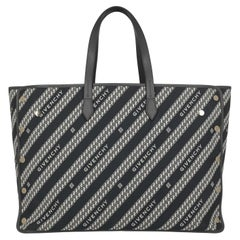 """""""Givenchy Women Shoulder bags Navy, White Fabric """""""