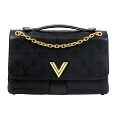 Louis Vuitton, Very Chain in black leather