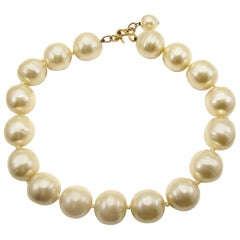 Chanel Pearl Choker Necklace Baroque Poured Glass 90s Season 2 9