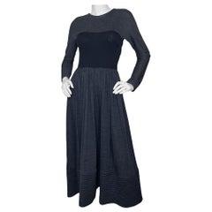 Geoffrey Beene Grey Longsleeve Jersey Dress w/ Black Bodice sz S