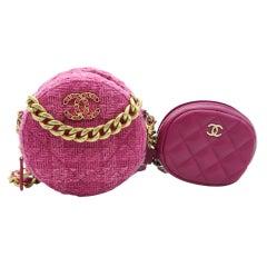 WOMENS DESIGNER Chanel 19 Round Clutch on Chain with purse