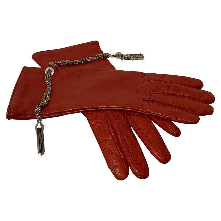 1980 Gianni Versace Red Lambskin Leather Gloves W/ Chrome Chain & Tassel Size 8 For Sale