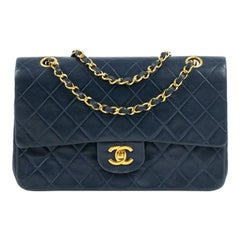 Chanel, Vintage Timeless in navy blue