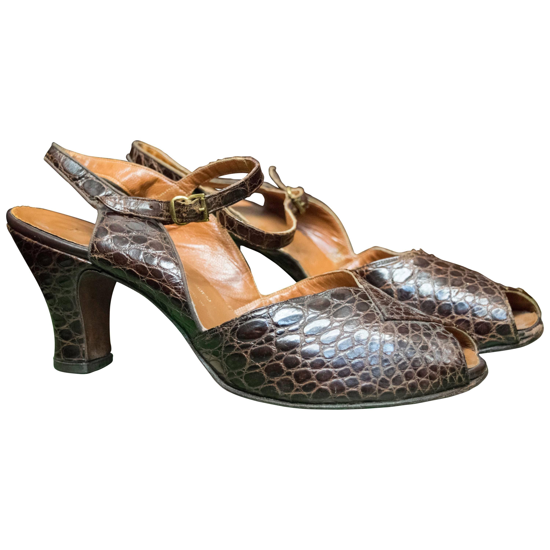 1940s Dark Brown Alligator High Heels