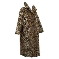 Mod *Large Size* Faux Leopard ¾ Length A-Line Bracelet Sleeve Coat – L-XL, 1960s