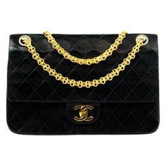 Chanel, Vintage Timeless in black leather