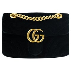 Gucci, Marmont in black velvet