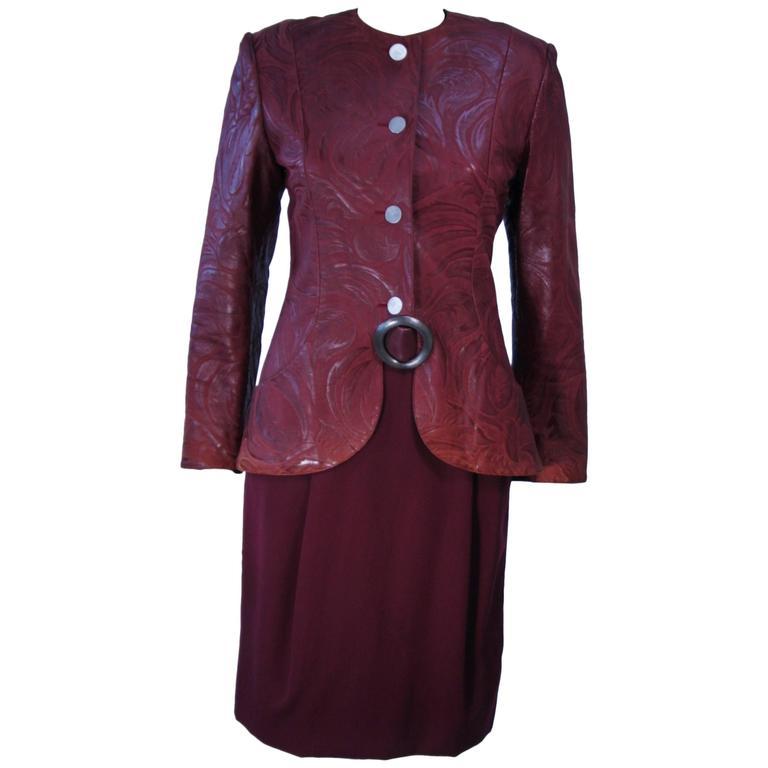 GEOFFREY BEENE Burgundy Embossed Suede Skirt Suit Ensemble Size 2-4