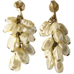 Vintage Early Miriam Haskell Multi Pearl Dangle Clip On Earrings
